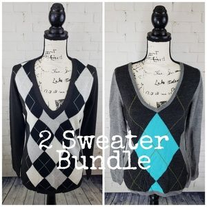 New York & Company 2 Piece Medium Sweater Lot
